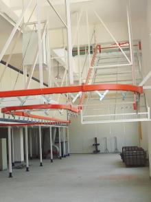 跨层悬挂输送线