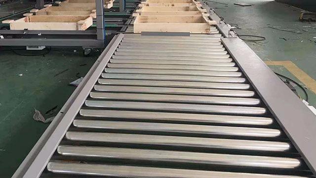 滚筒输送线有齿轮传动吗