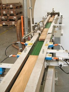 小型木板输送皮带线