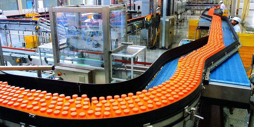 自动化饮料生产流水线